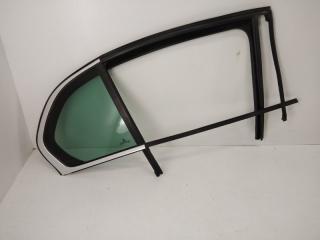 Запчасть стекло двери заднее правое Skoda Superb c 2008-2015
