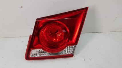 Запчасть фонарь задний правый Chevrolet Cruze 2009-