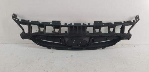 Запчасть решетка радиатора передняя Hyundai Solaris 2010-2015