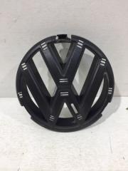 Запчасть опора эмблемы решетки радиатора передняя Volkswagen Jetta с 2010-