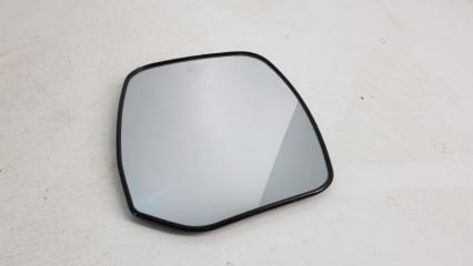 Запчасть зеркальный элемент правый Nissan Patrol