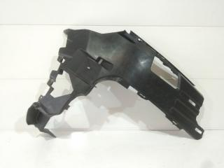 Запчасть кронштейн бампера передний правый Audi Q7