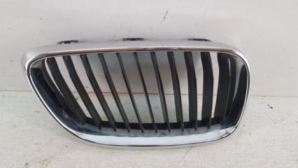Запчасть решетка радиатора передняя правая BMW 2er 2010-