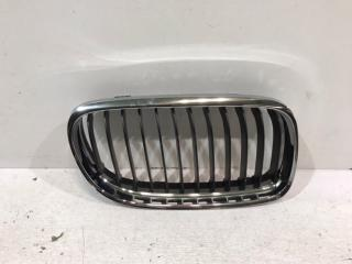 Запчасть решетка радиатора передняя правая BMW 3er 2008-2012