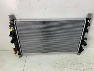 Запчасть радиатор охлаждения Chevrolet Cruze 2009-