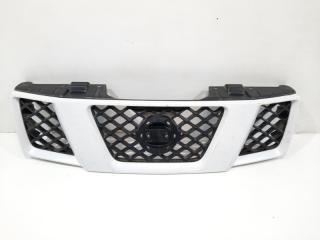 Запчасть решетка радиатора передняя Nissan Navara 2004-2010