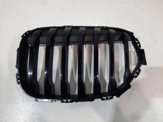 Запчасть решетка радиатора передняя левая BMW X1 2019-