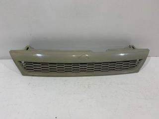 Запчасть решетка радиатора Nissan Bluebird 1991-1995