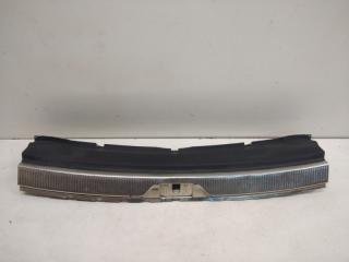 Запчасть обшивка багажника задняя Skoda Superb 2008-2014