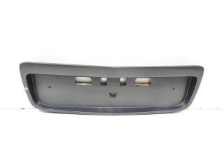 Запчасть накладка крышки багажника задняя Nissan Primera 2002-2007