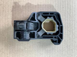 Запчасть держатель модуля передний правый BMW 5-Series 528i 2009