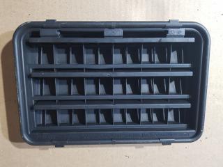 Запчасть вентиляционная решетка задняя BMW 5-Series 2011