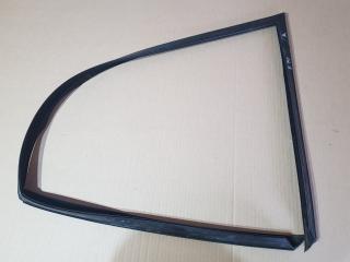 Запчасть направляющая стекла двери правая BMW X5 2012