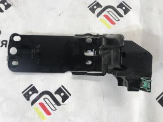 Запчасть крепежная пластина левая BMW X1 2015