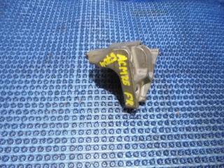 Запчасть кронштейн подушки двигателя правый TOYOTA IPSUM