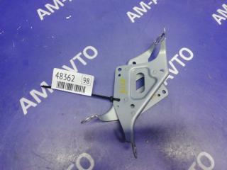 Запчасть крепление магнитолы TOYOTA MARK II 2001