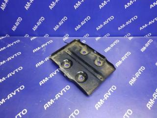 Запчасть подставка под аккумулятор MITSUBISHI PAJERO 1996