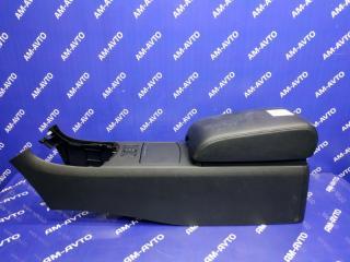 Запчасть консоль между сидений NISSAN SKYLINE 2006