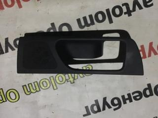 Запчасть накладка ручки двери задняя правая Toyota Avensis 2008
