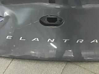 Запчасть эмблема Hyundai Elantra 2018-