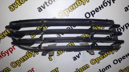 Запчасть решетка бампера передняя правая Mitsubishi Colt 2004-2011