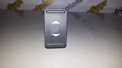 Запчасть кнопка стеклоподъемника передняя Ford Focus 2008-2011
