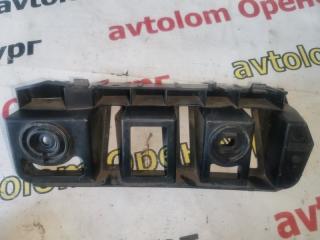 Направляющая заднего бампера задняя правая Skoda Rapid 2012-