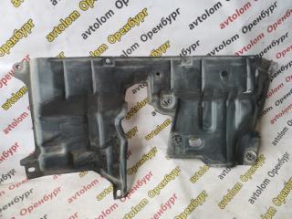 Запчасть защита двигателя Toyota Highlander