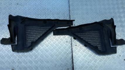 Запчасть решетка под лобовое стекло BMW X5 2007-2013