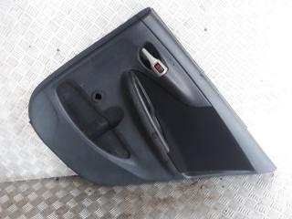 Запчасть обшивка двери задняя правая Toyota Corolla 2006-2013