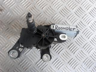 Запчасть мотор дворников задний Skoda Roomster 2006-2015