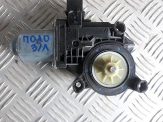 Запчасть мотор стеклоподъемника задний левый Volkswagen Polo 2008-2015