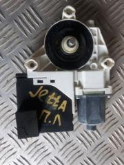 Запчасть мотор стеклоподъемника передний левый Volkswagen Jetta 6 2014
