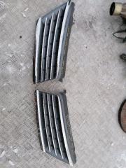 Решетка радиатора Nissan Tiida SC11 1.6  HR16DE 2007 (б/у)