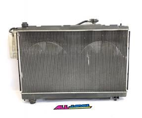 Запчасть радиатор охлаждения двигателя передний TOYOTA Ipsum 2001 - 2003