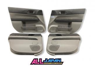 Обшивка двери Subaru Forester 2005