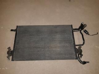 Запчасть радиатор кондиционера Audi A8D2 1996