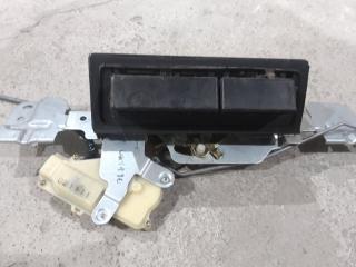 Запчасть кнопка багажника Ford Maverick 2003