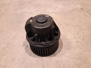 Запчасть моторчик печки Ford Focus 3 2012