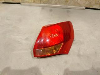 Запчасть фонарь правый Kia Venga 2011