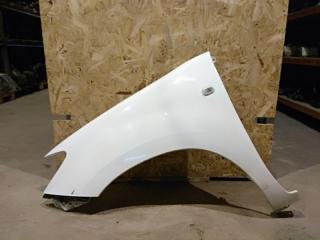 Запчасть крыло переднее левое Toyota Hilux 2011
