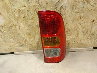 Запчасть фонарь правый Toyota Hilux 2011