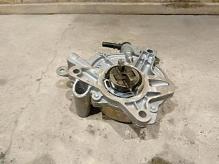 Запчасть насос вакуумный Ford Focus 3 2013