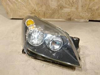 Запчасть фара правая Opel Astra H 2005