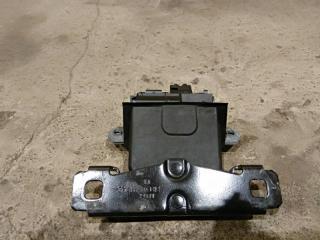 Запчасть замок крышки багажника Ford Focus 2 08-11 2009