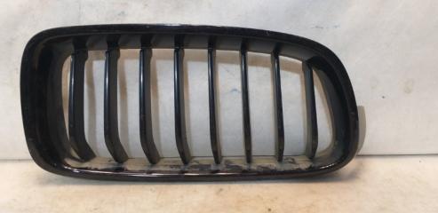 Запчасть решетка радиатора передняя правая BMW 3-серия 2011>