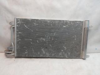 Запчасть радиатор кондиционера (конденсер) передний VOLKSWAGEN POLO