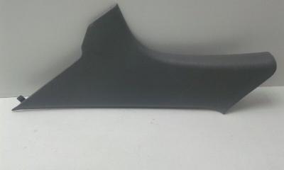 Запчасть накладка задней стойки задняя правая HYUNDAI ELANTRA 3 2000-2009