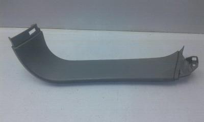 Запчасть обшивка багажника задняя правая OPEL ZAFIRA 2005-2012