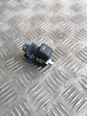 Кнопка стеклоподъемника задняя правая Kia Rio 3 2014